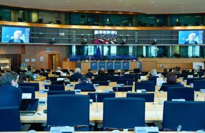 FT: Preşedintele Băncii Centrale Europene avertizează asupra riscurilor relansării economice în zona euro