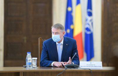 Legea carantinei şi izolării, publicată în Monitorul Oficial. Românii infectaţi cu COVID-19 vor putea fi internaţi obligatoriu, iar cei care vin din zone de risc, vor fi carantinaţi / Legea intră în vigoare marţi