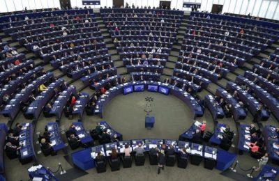 Parlamentul UE contestă unele elemente ale bugetului şi cere condiţii dure privind statul de drept
