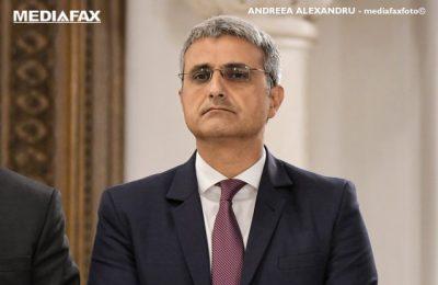 """Deputat PMP: E deja august şi legumicultorii n-au văzut un ban din programul """"Tomata"""""""