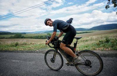 Un român a făcut turul Ungariei pe bicicletă. Bagoly Levente a făcut trei tururi pe distanţă lungă în Europa