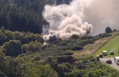 VIDEO: În Scoţia, un tren a deraiat lăsând în urma nori groşi de fum. Răspunsul autorităţilor