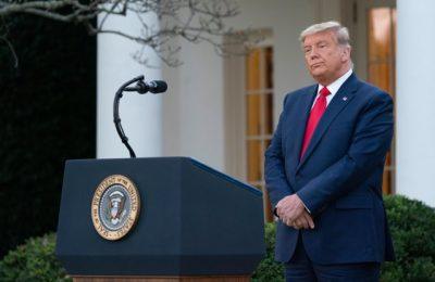 Donald Trump şi-a scurtat vacanţa în Florida şi a şi a revenit brusc la Washington DC. Motivele din spatele deciziei