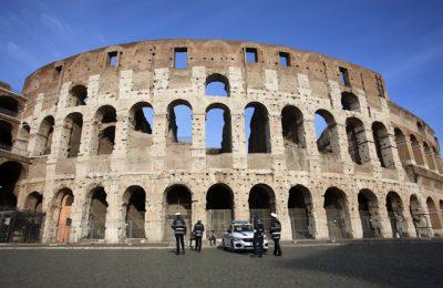 Noi restricţii severe sunt aşteptate în Italia de Sărbătorile Pascale. Călătoriile turistice sunt interzise