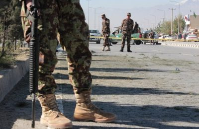 Zeci de morţi în urma unui atentat cu maşină capcană în Afganistan