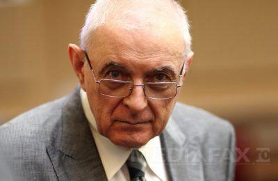 Adrian Vasilescu, despre Dăncilă la BNR: Cunoaşte oameni cu care a stat la masă, cu care a băut cafea