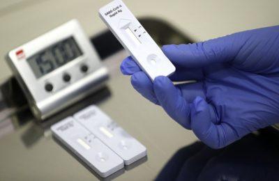 Primul autotest antigen Covid-19 din România a fost avizat