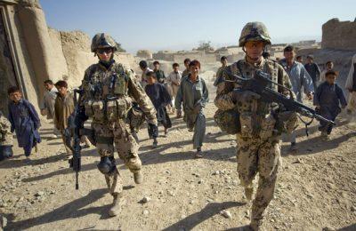 Războiul din Afganistan a costat SUA 2.313 miliarde de dolari: arme, morţi, datorii!